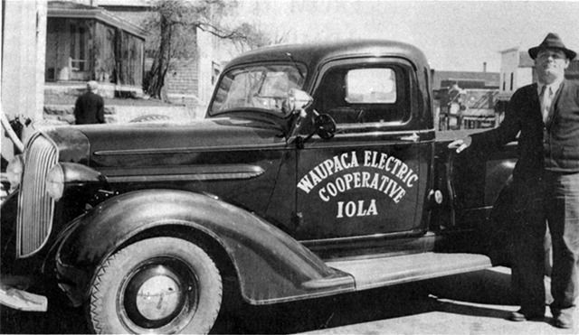 Photo of a Waupaca Electric Cooperative truck i the 1930s.