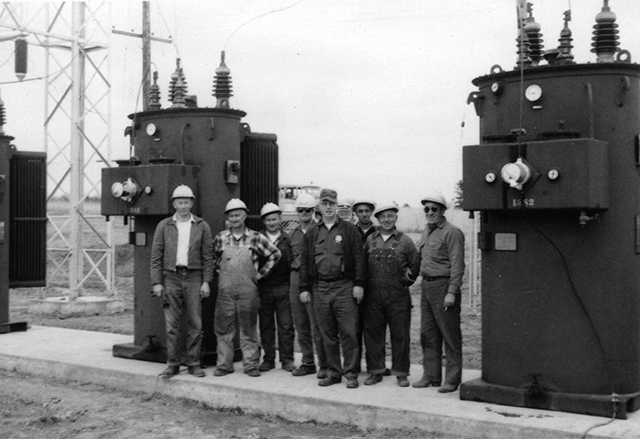 Photo of the crew that built the new Iola substation.